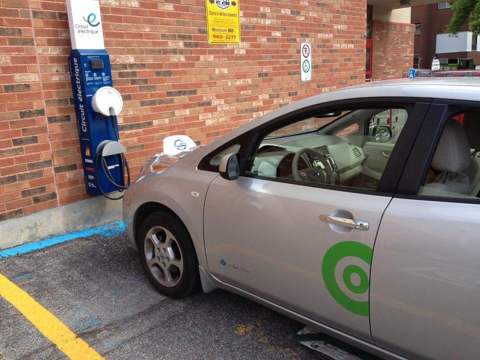 La voiture en libre service, la solution pour l'auto électrique dans les quartiers centraux de Montréal.