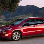 2013-Chevrolet-Volt-front-three-quarter-623x389
