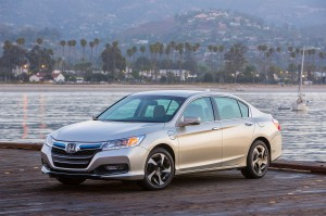 Honda Accord 2014 hybride rechargeable
