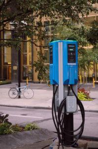 Bornes de recharge pour voitures électriques AddÉnergie déploiement Colombie-Britannique