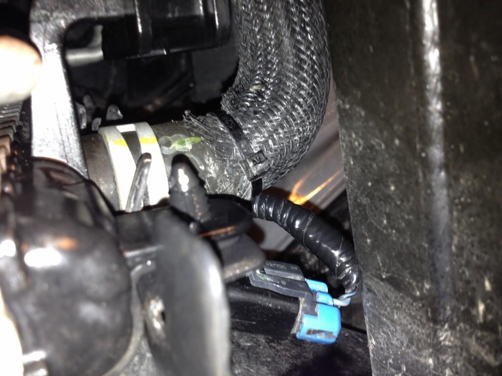Vue du senseur et du connecteur bleu vers le fil.