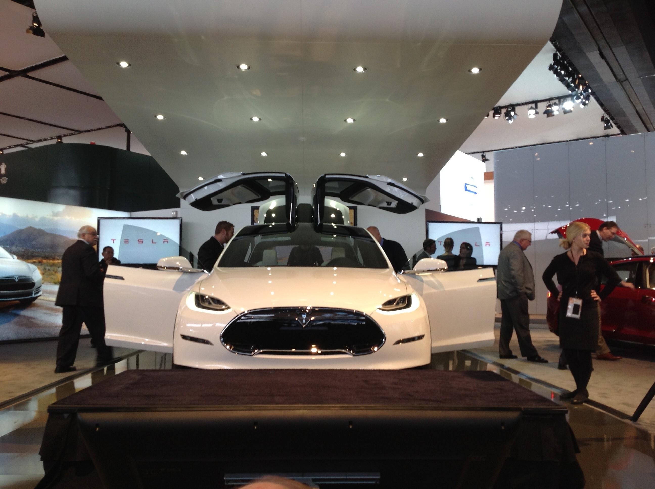 Tesla au Salon de l'Auto de Detroit 2013