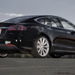 2012-Tesla-Model-S-rear-three-quarter-P