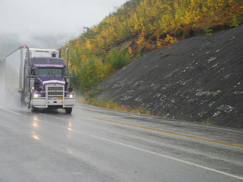 La recharge rapide des camions lourds au lieu de caténaires, plus avantageux dit Pierre Langlois