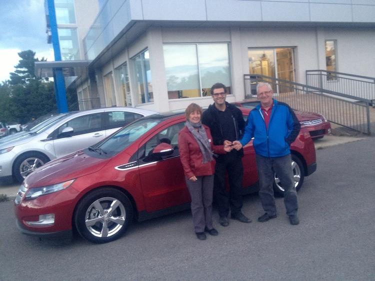 Ça y est, mes parents «craquent» pour une voiture électrique!!