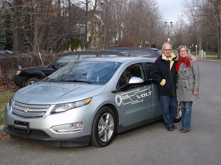 EXCLUSIF : Jacques Duval fait l'acquisition d'une 2e voiture électrique : Une VOLT !!