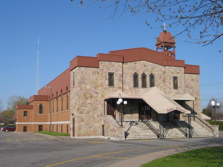 Une église de la Cité de l'énergie offre désormais un service de recharge