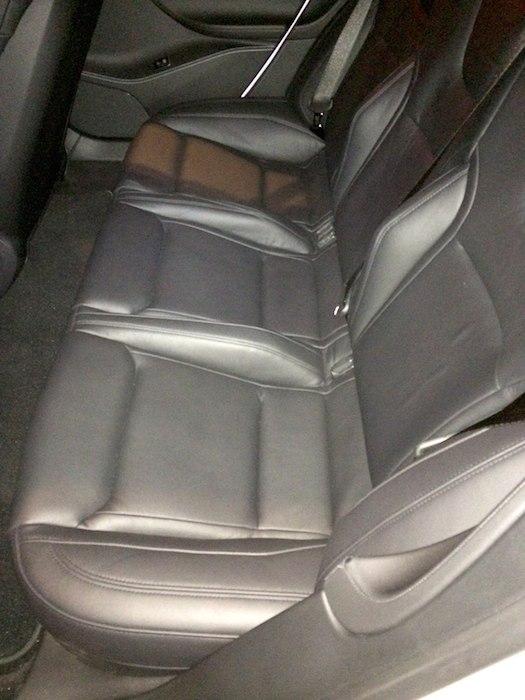 Voyez vous la différence au niveau des sièges arrières?