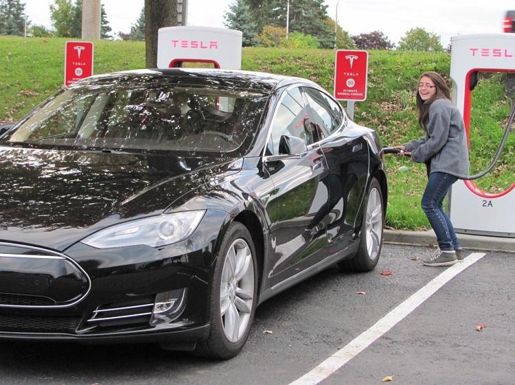 Ariane-Tesla-11