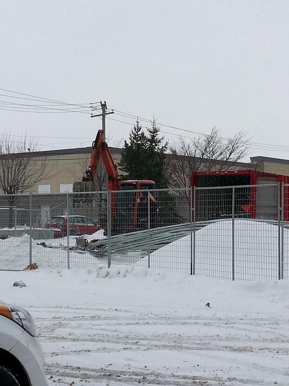 SUPERCHARGER TESLA à Drummondville : ça bouge de nouveau!