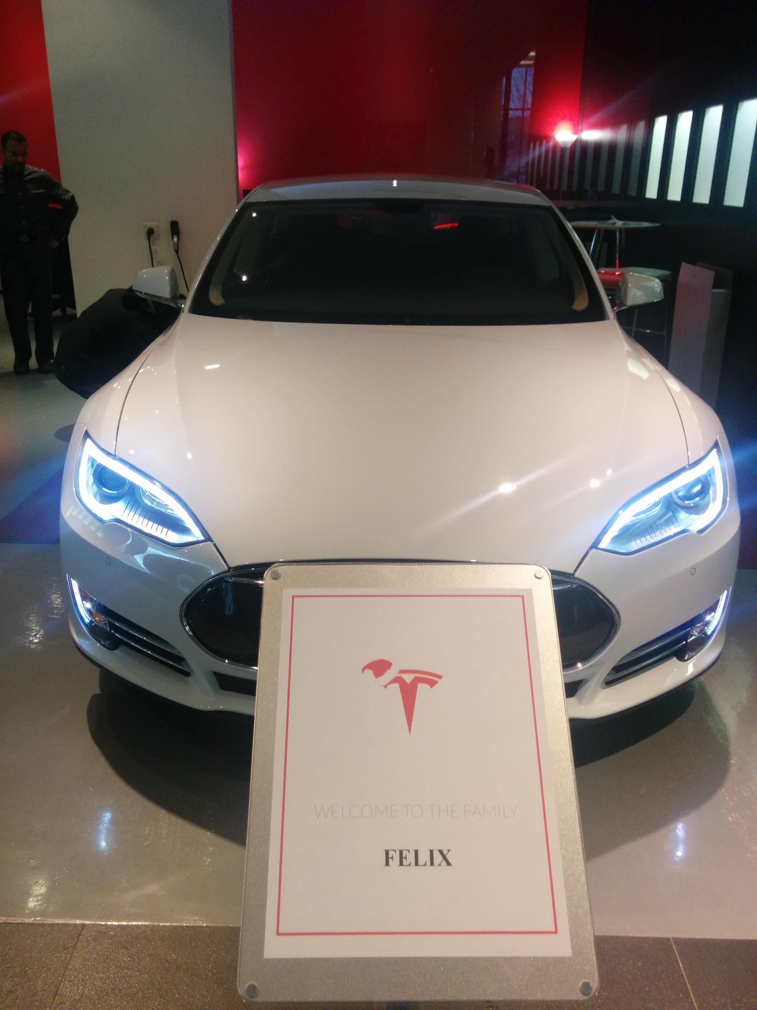 Lors du dévoilement de notre nouvelle Tesla