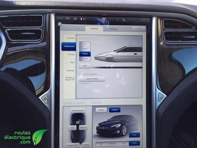 Êtes-vous à bord d'une Tesla ou d'un véhicule submersible à la James Bond?