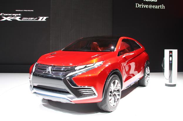 Le Mitsubishi XR-PHEV II présenté au Salon de Genève