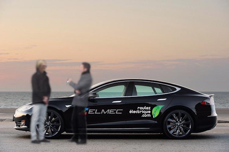 RAVÉ 2015 : Remise des clés d'une Tesla S à une Ambassadrice VÉ mystère!