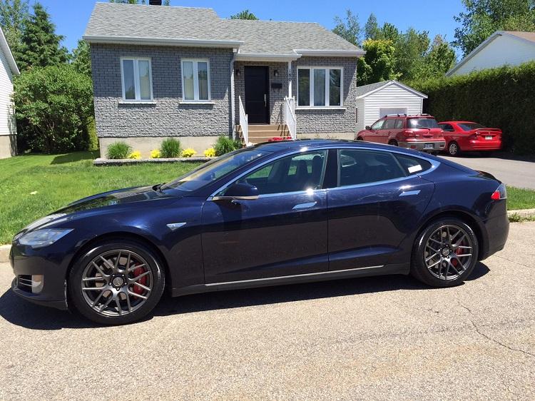1,6 milliard de km en Tesla!!