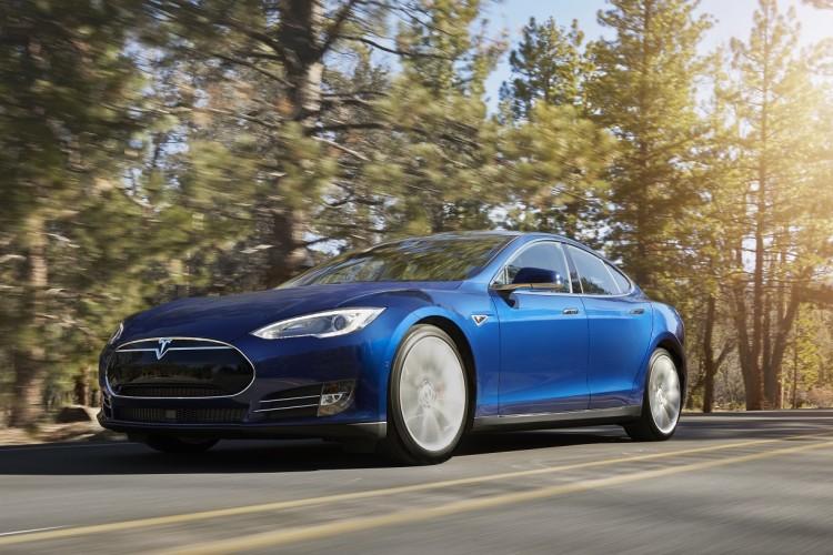 Tesla S «ludicrous»: «ridiculous»!
