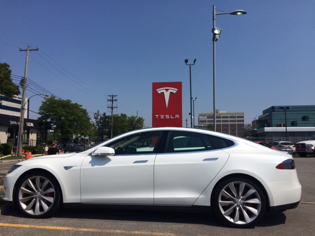 Tesla S P85 D-mariage-5