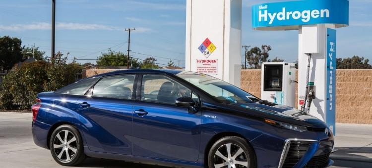 Toyota : Cessez de livrer les Mirai, il n'y a pas de stations de remplissage!