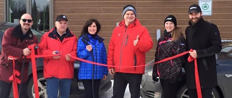 Retour sur l'inauguration des bornes de recharge à la Station de ski Val Saint-Côme!