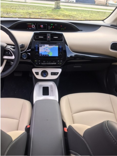 Prius2016-DB-7