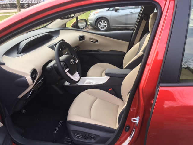 Prius2016-DB-9