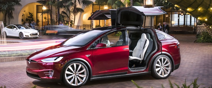 tesla motors baisse importante du prix du model x au. Black Bedroom Furniture Sets. Home Design Ideas