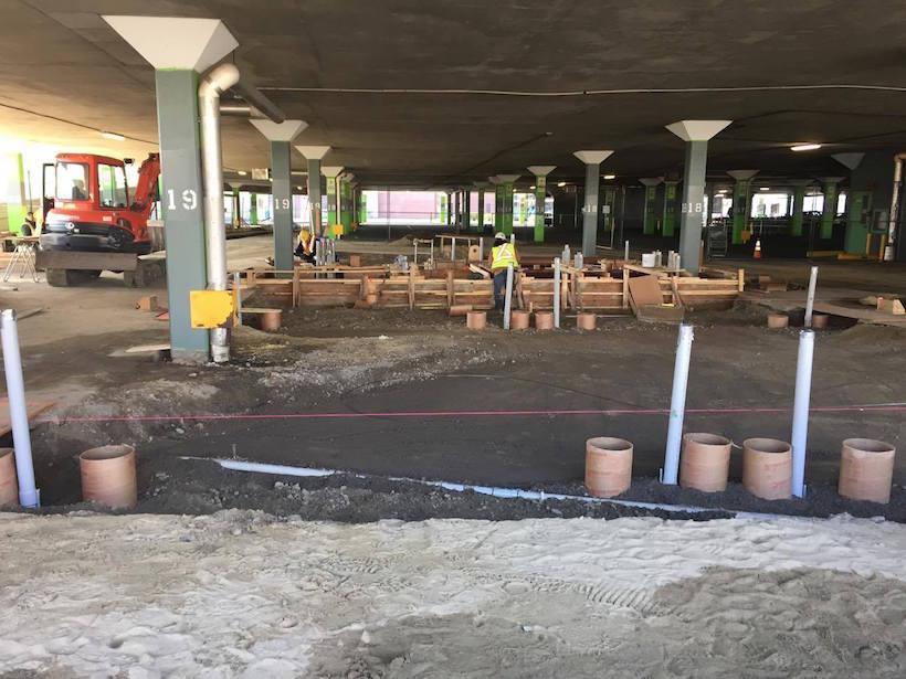 Supercharger en construction dans le stationnement couvert de Place Vertu. Crédit photo: Cédric Galataud