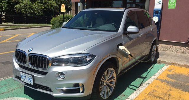 Dans la série des VUS hybrides rechargeables de luxe : la BMW X5 xDrive 40e