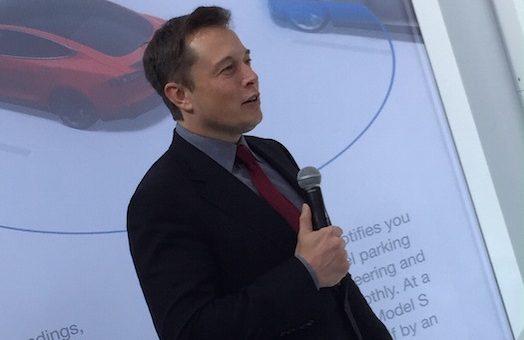 Elon Musk dévoilera le toit solaire de Solar City le 28 Octobre *** changement d'heure 20:30 heure de l'est ***