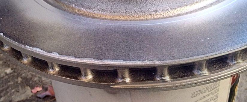 L'entretien des freins arrière de Tesla S