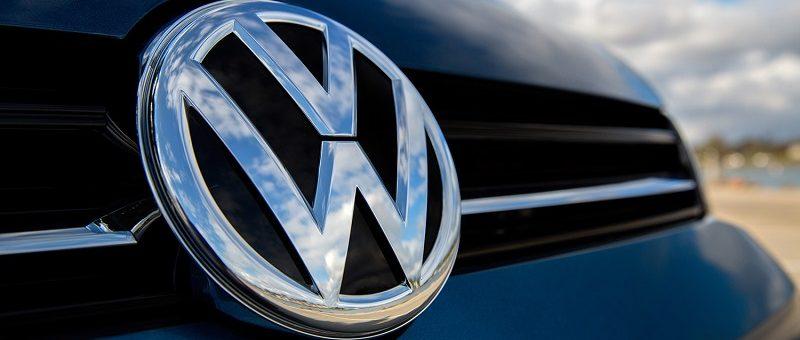 Entente Volkswagen-USA pour des bornes de recharge : Où est le Canada?