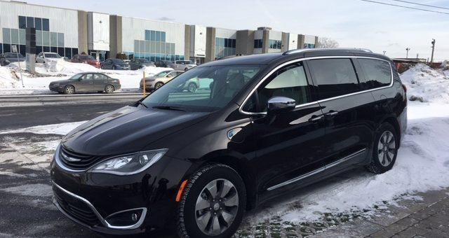 Chrysler Pacifica hybride:  Une première expérience très concluante