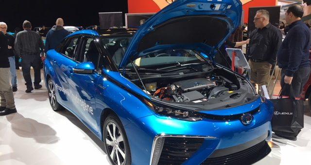 La Toyota Mirai au Québec: Un «ballon»… gonflé à l'hydrogène?