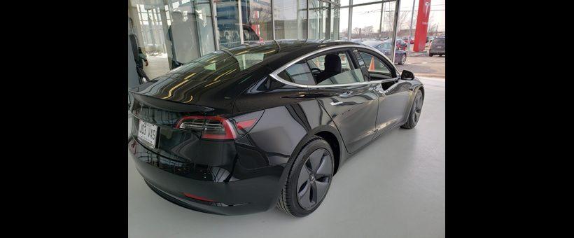 J'ai accompagné mon fils chez Tesla