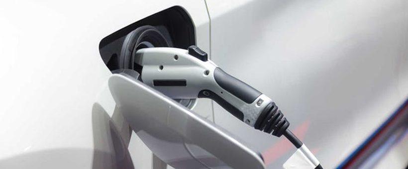 Acheter un véhicule électrique d'occasion : quelle bonne idée pour sauver des sous