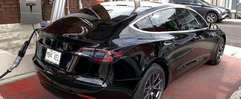 Capsule JNAUTO : les Bornes rapides (BRCC) sur CHAdeMO fonctionnent enfin avec la Tesla Model 3