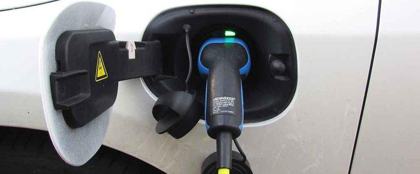 (Reprise) La recharge des véhicules électriques : novice, lisez ce qui suit