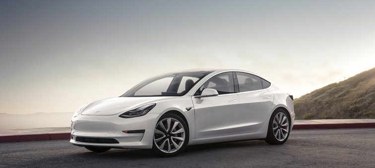 L'effet Tesla sur la valeur des véhicules de luxe usagés : FORTE dépréciation !