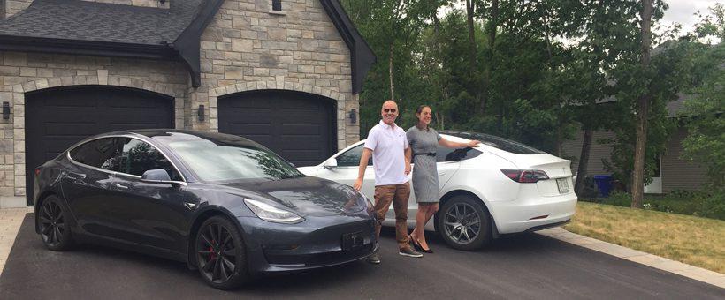 Ce couple de Mirabel s'est acheté deux Tesla dans la même année à cause de mon fils !