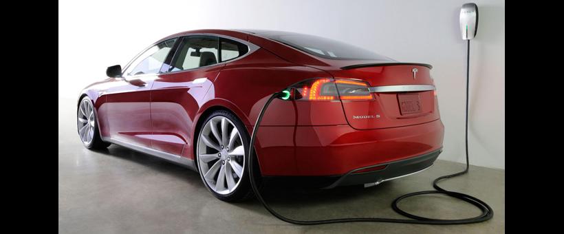 Peut-on recharger une Tesla en pédalant ?