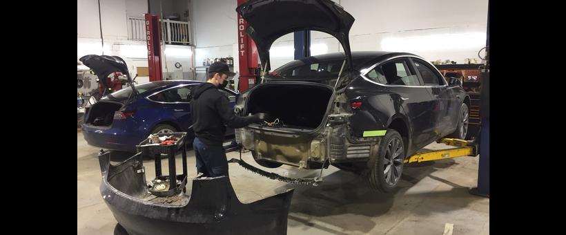 Tesla Model 3 : je suis descendu à Montréal pour un attelage de remorque