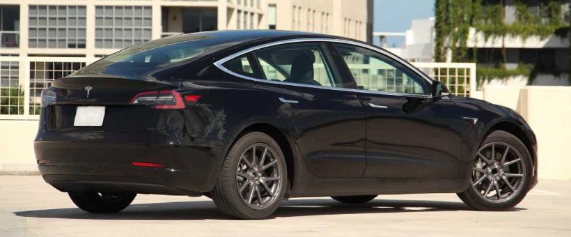 Tesla Model 3 à 90%, mon gars a été déçu quand il a appris ça